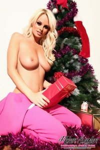 RhianMarieSugden.com - Opening My presents!