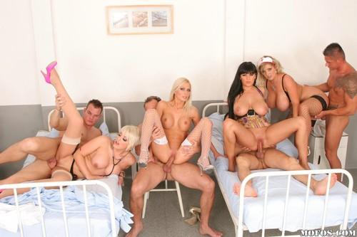 Порно фото в больнице онлайн